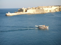 Small Tourist Ferry, Fort Ricasoli